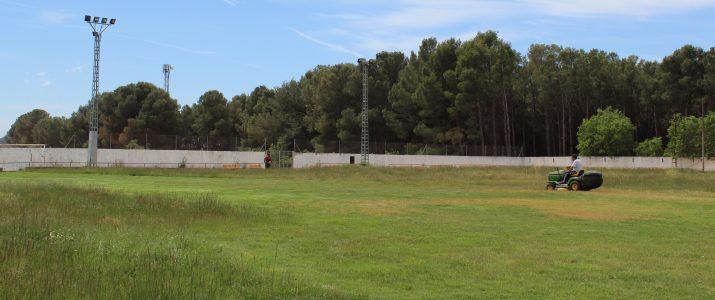 El camp de futbol s'obri a la ciutadania
