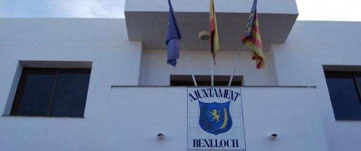 Façana de l'Ajuntament de Benlloch