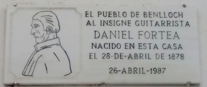 Estat actual de la placa a Daniel Fortea