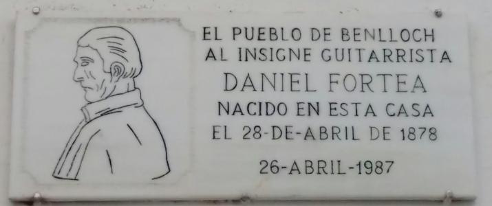 Estat actual de la placa a Daniel Fortea