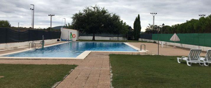 Oberta la licitació per a l'explotació del bar de la piscina
