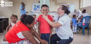 Benlloch dóna els beneficis culturals a una ONG