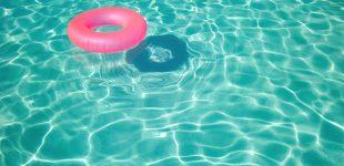 Menors podran entrar a la piscina acompanyats d'un major de 16 anys